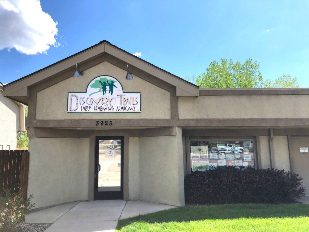 Exterior photo of Discovery Trails Early Learning Academy building.